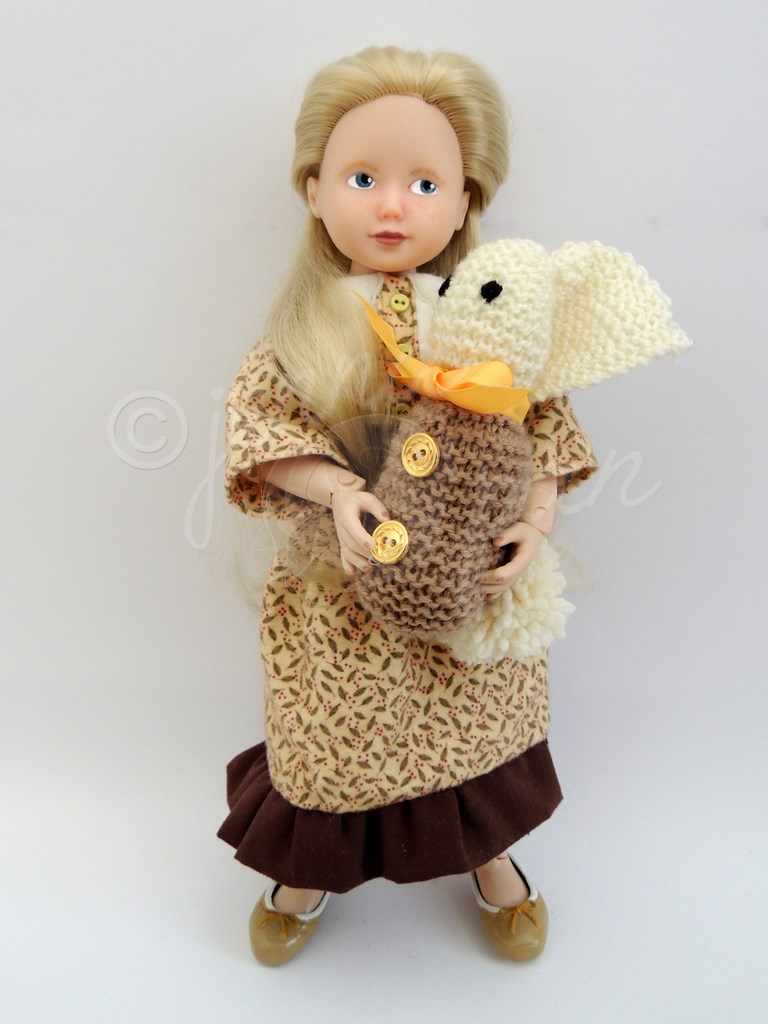 The girl with a rabbit doll La Fille au Lapin, doll custom Jenna Pan