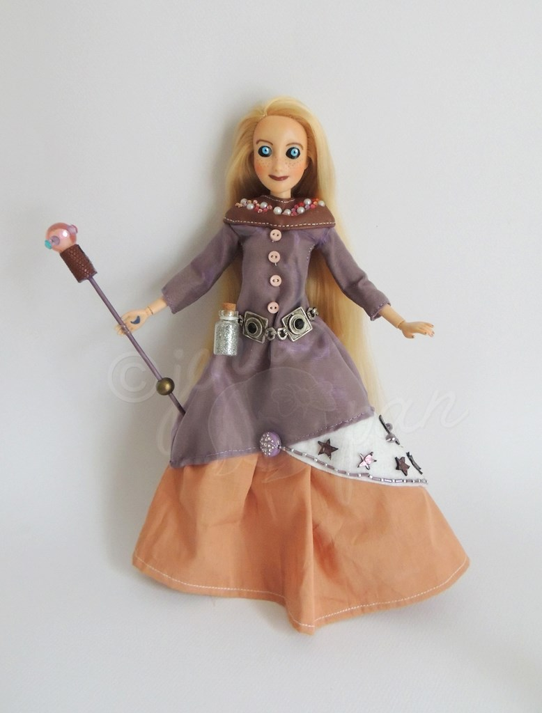 la magicienne the mage doll disney princess rpg magie fantaisie violet amusant raiponce tangled dolls customs Jenna Pan