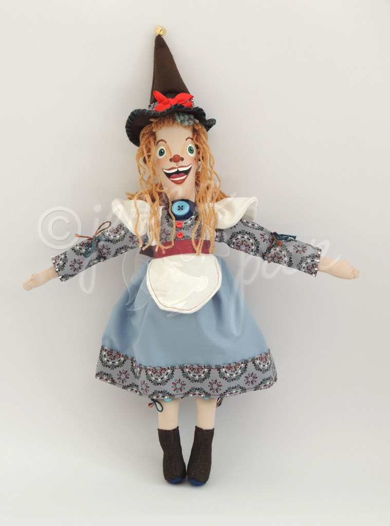 the blue witch doll jenna pan sorcière bleue, poupée unique fait-main artisanale